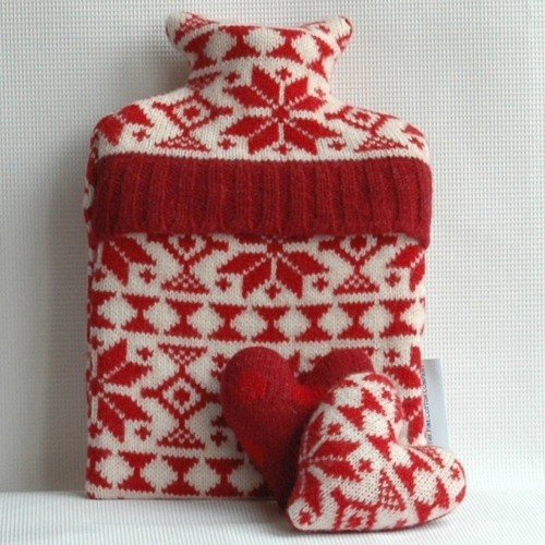 Snowflake Red Hot water Bottles (1)-500x500