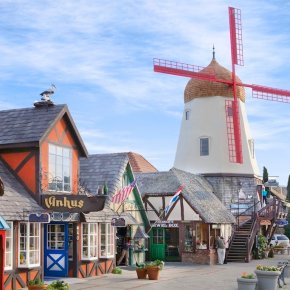 Video: The Danish Town in the UnitedStates