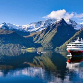Cruising Norway