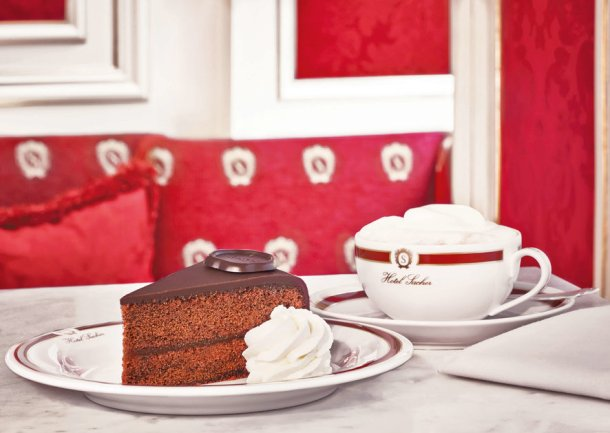 original_sacher-torte_grösse_ii_high_res_©_hotel_sacher_-_02