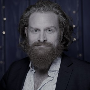"""My Plan Was to Be a Rock Star"": Kristofer Hivju in Conversation"